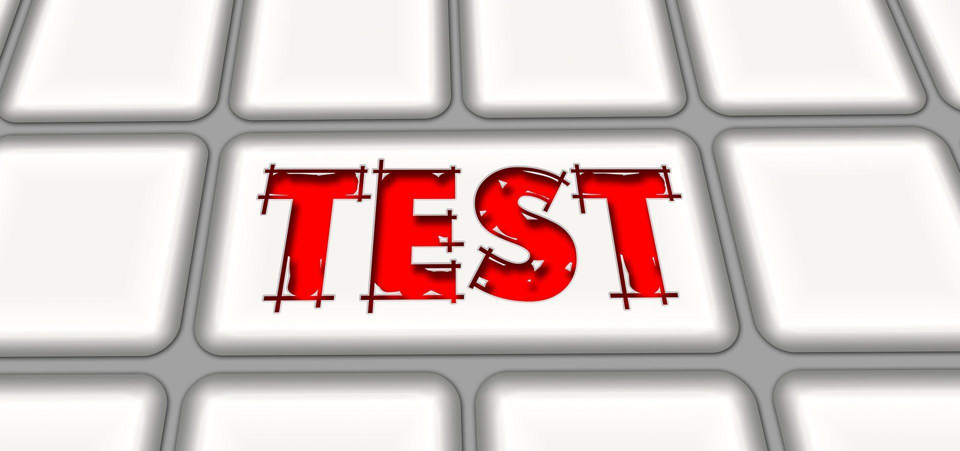 "<a class=""amazingslider-posttitle-link"" href=""http://sp2grodzisk.pl/informacja-o-wynikach-egzaminu-osmoklsisty/"">Informacja o wynikach egzaminu ósmoklsisty</a>"